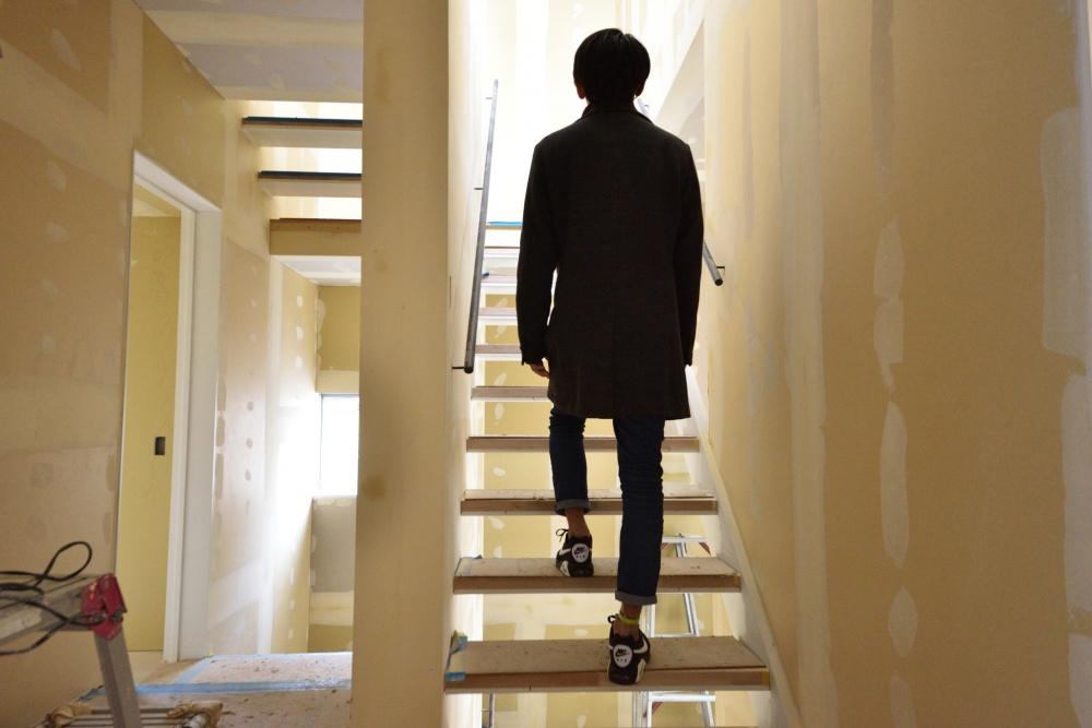 シェアハウスZEZE大阪の階段