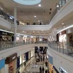 ショッピングモール|シェアハウスZEZE大阪