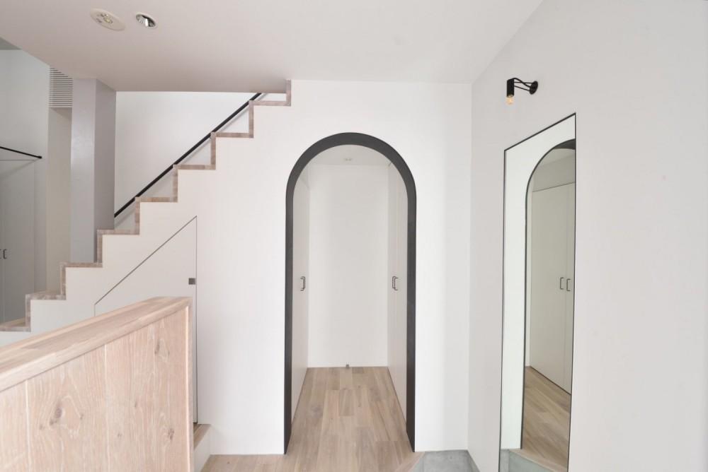 ENTRANCE / 玄関|TESENのシェアハウス ZEZE OSAKA