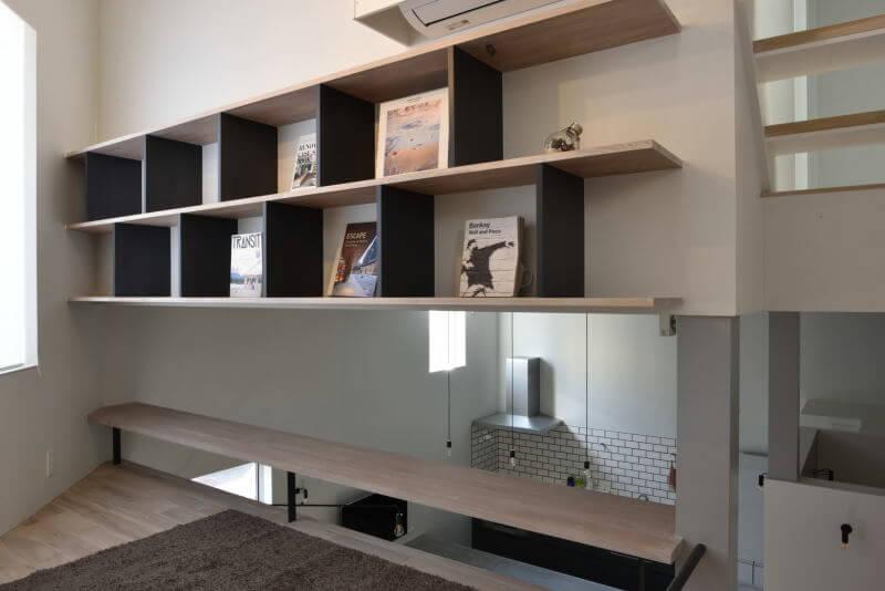 01LIBRARY LIVING / ライブラリーリビング|TESENのシェアハウス ZEZE 大阪
