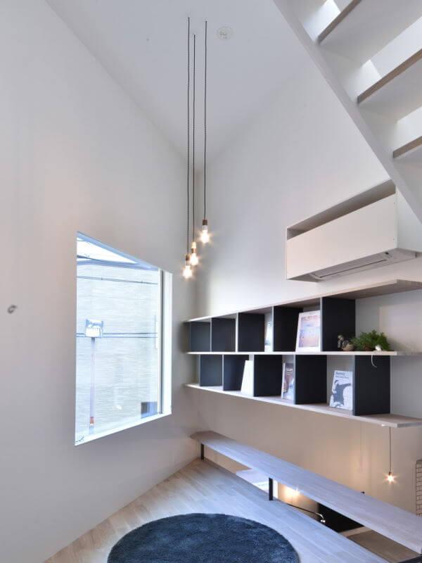 03LIBRARY LIVING / ライブラリーリビング|TESENのシェアハウス ZEZE 大阪