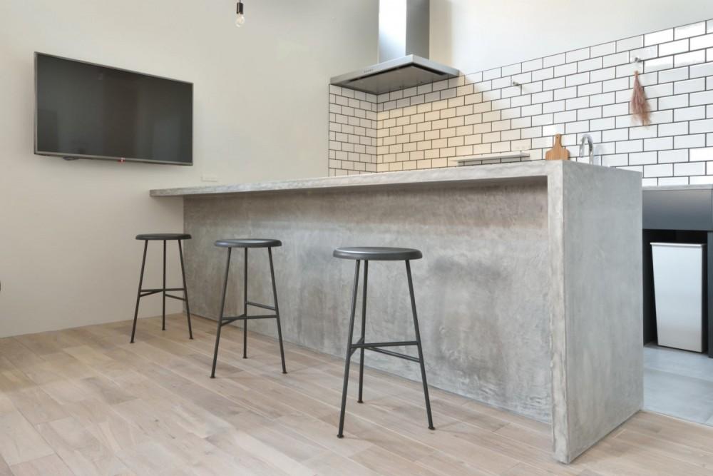 LIVING ROOM / リビングルーム|TESENのシェアハウス ZEZE OSAKA