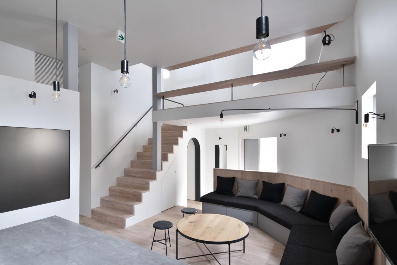 LIVING ROOM / リビングルーム|TESENのシェアハウス ZEZE 大阪