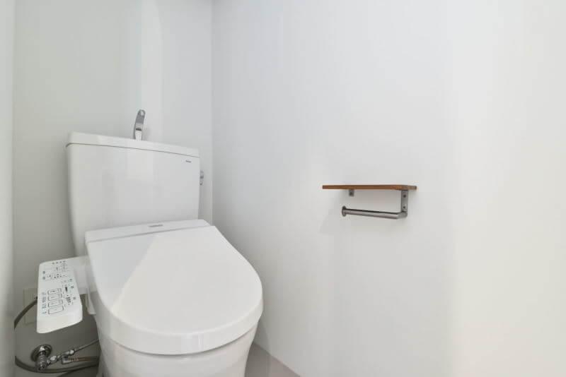 01TOILET / トイレ|TESENのシェアハウス ZEZE大阪